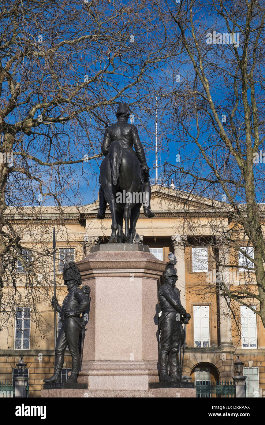 Statue of the Duke of Wellington in front of the Wellington Museum Hyde Park Corner London UK - Stock Image