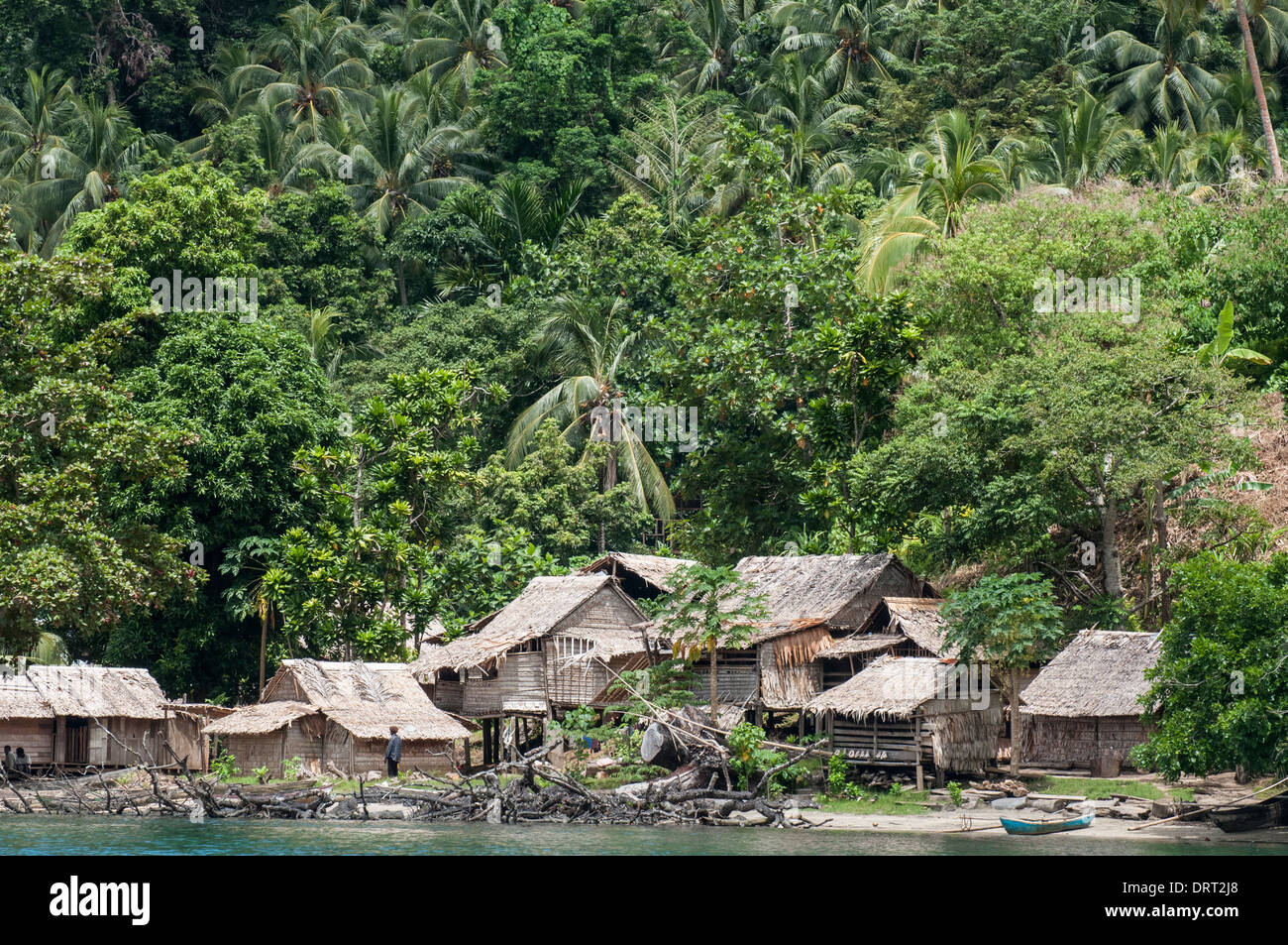 A melanesian village on anuta island makira province solomon stock a melanesian village on anuta island makira province solomon islands thecheapjerseys Image collections