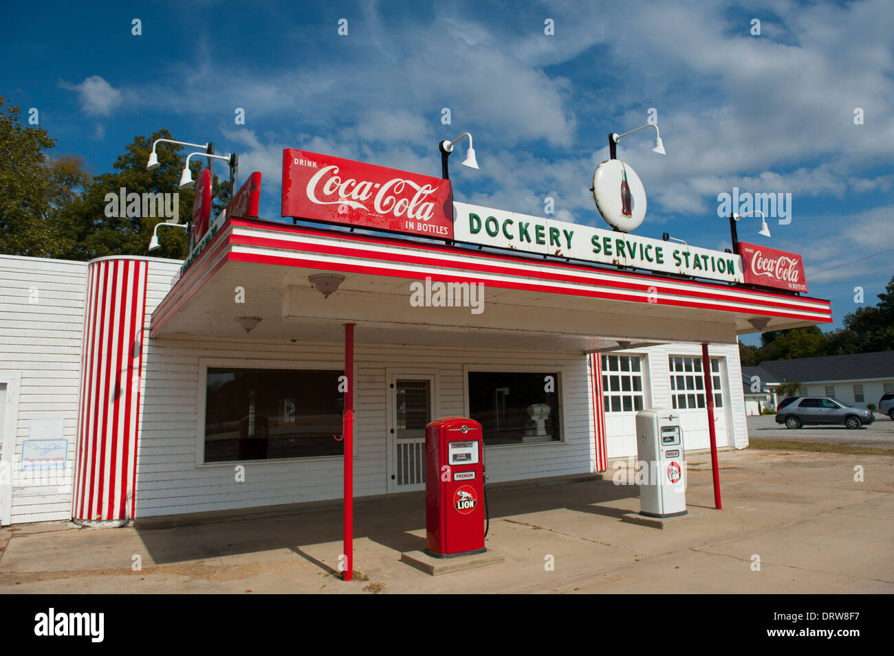 USA Mississippi MS Miss Cleveland - old vintage filling station at Dockery Farms birthplace of Blues crossroads Stock Photo