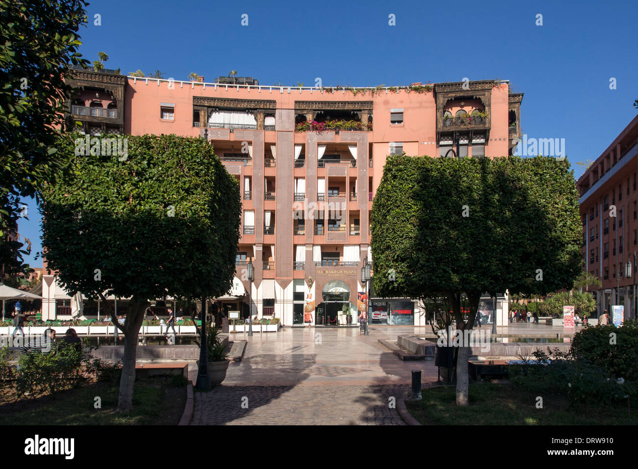 Western style offices in Plaza at Place du 16 Novembre, Gueliz, Marrakech (Marrakesh) Stock Photo