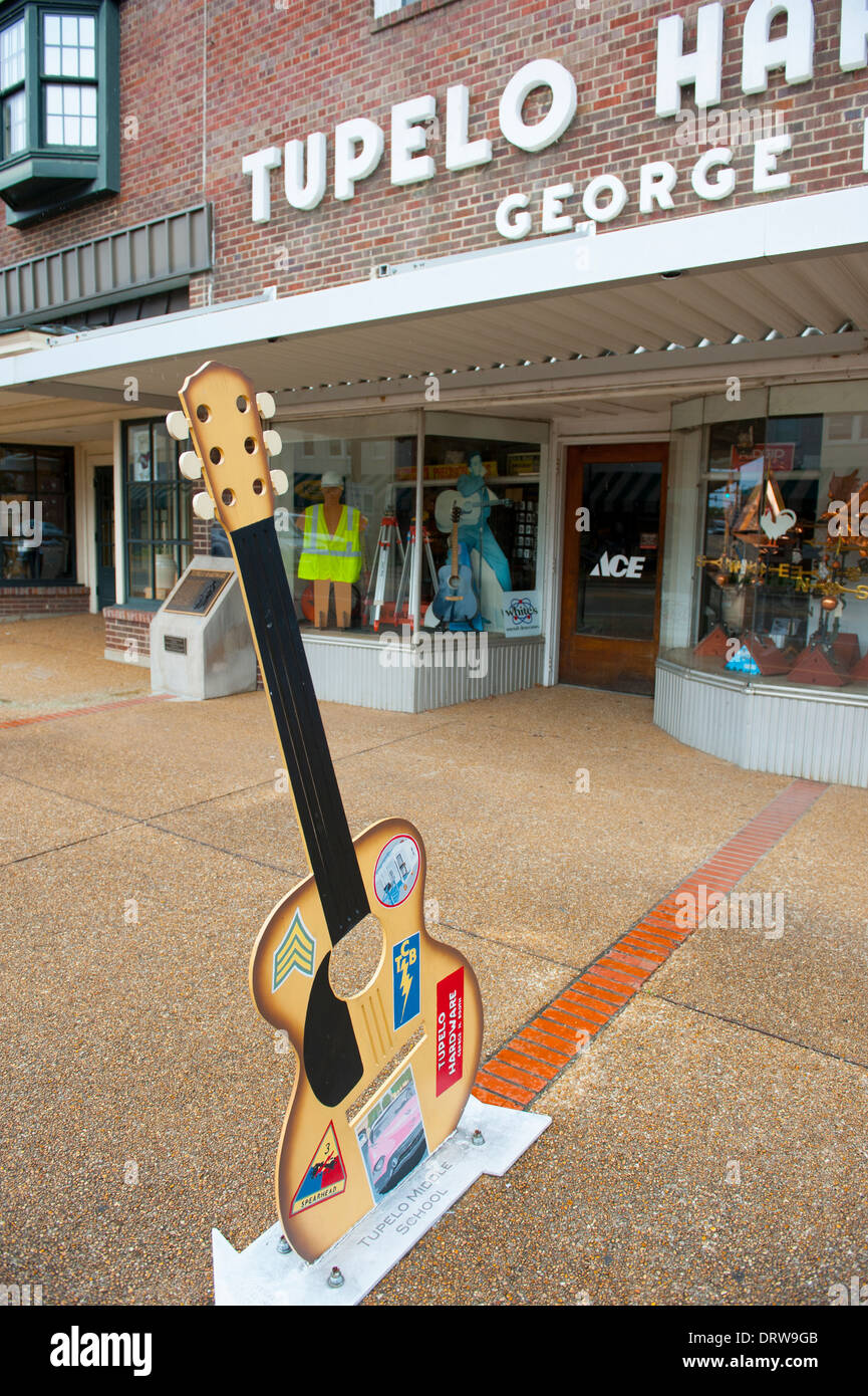 USA Mississippi MS Miss Tupelo downtown birth place birthplace home of Elvis Presley Hardware store - Stock Image