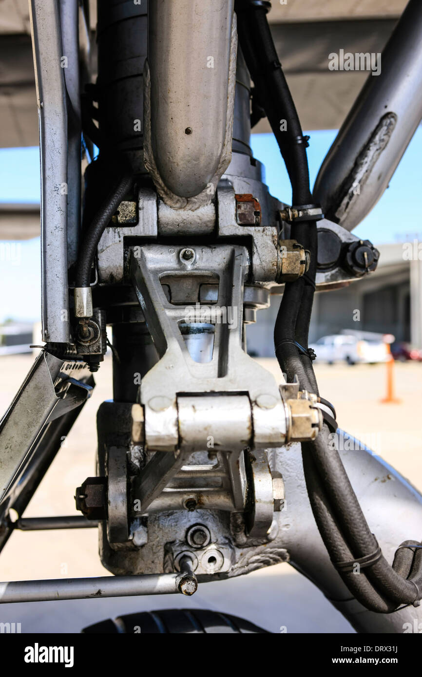The Main undercarriage strut showing the hydrolics and joints of a B24 Liberator WW2 bomber plane - Stock Image