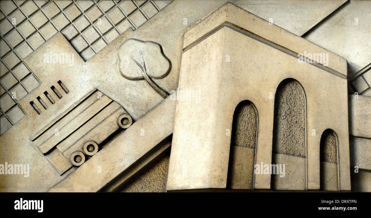 London, England, UK. Art Deco detail above the door of Evelyn Court in Stourcliffe Street, W1. Stylised image of Marble Arch - Stock Image