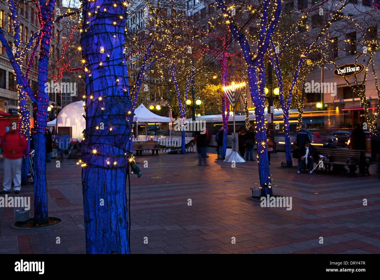 Seattle Christmas.Washington Westlake Park In Downtown Seattle With