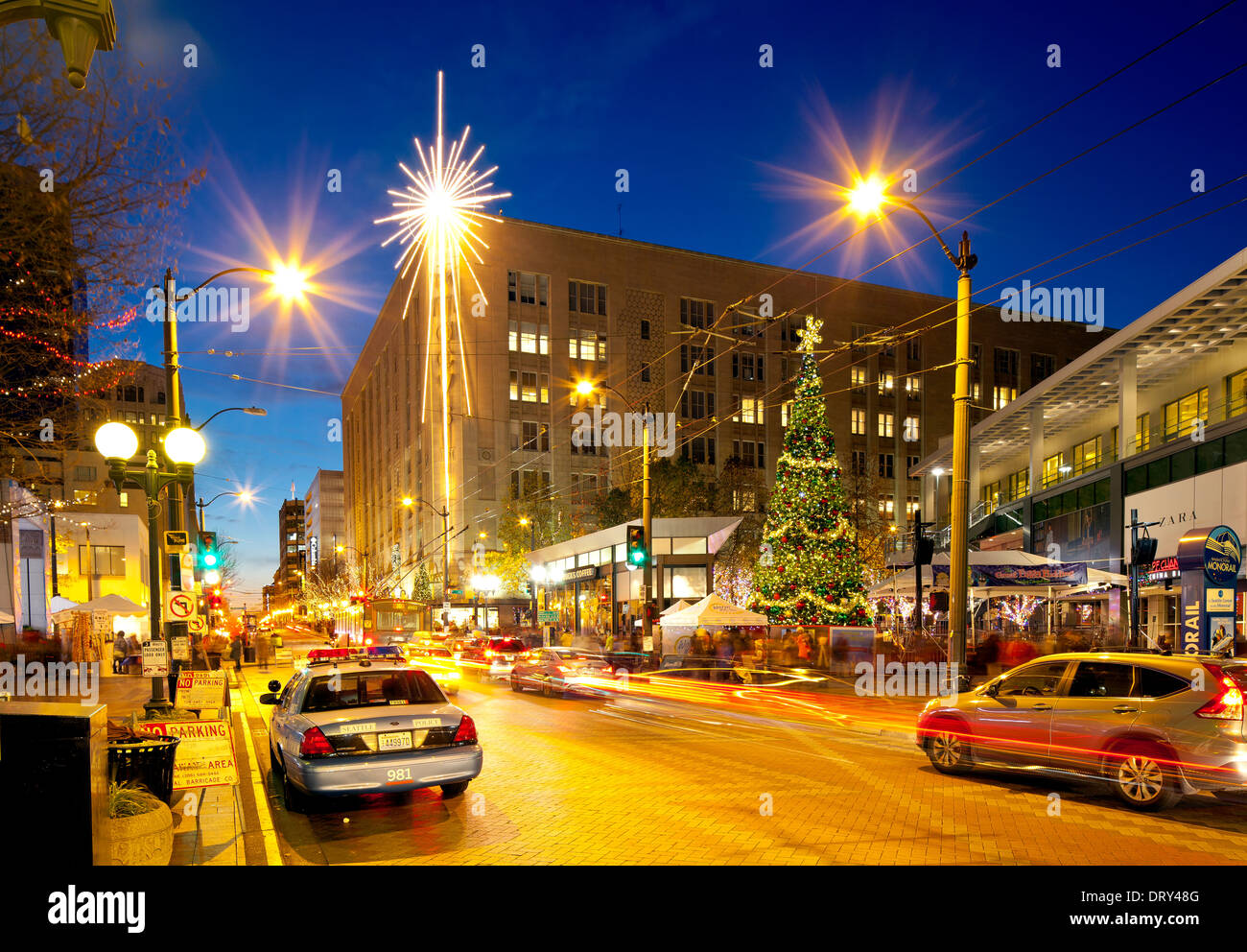Westlake Center Christmas 2021 Seattle Center Christmas High Resolution Stock Photography And Images Alamy