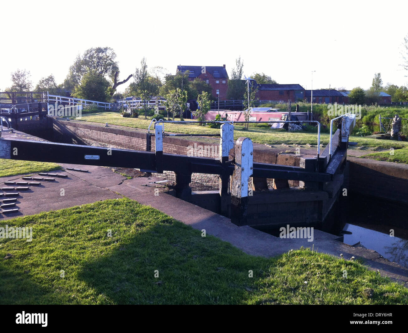 Lock Gates at Sileby on the River Soar in Leicestershire, England - Stock Image