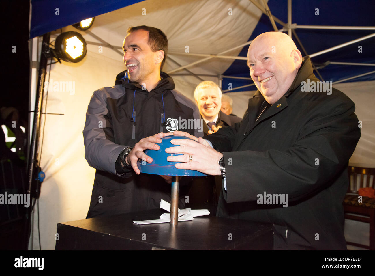 Liverpool, UK. 4th February 2014. Everton manager Roberto Martinez and Liverpool Mayor Joe Anderson switch on a new Everton crest projection in Liverpool. The crest was projected onto Everton lock up, which is featured on the Everton crest Credit:  Adam Vaughan/Alamy Live News - Stock Image