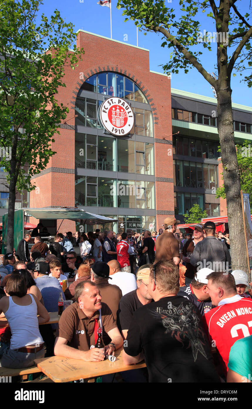 Football fans from Bayern Munich and FC St. Pauli Hamburg at Millerntor Stadium in 2011, FC St. Pauli, Hamburg, Germany, Europe - Stock Image