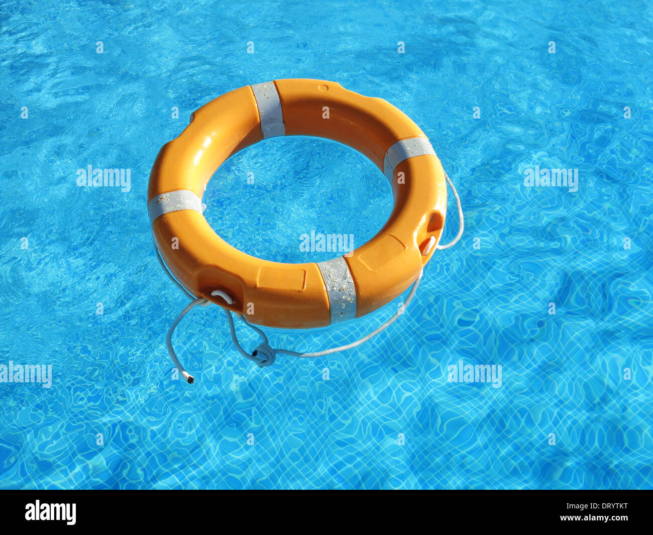 Lifebelt in swimming pool - Stock Image