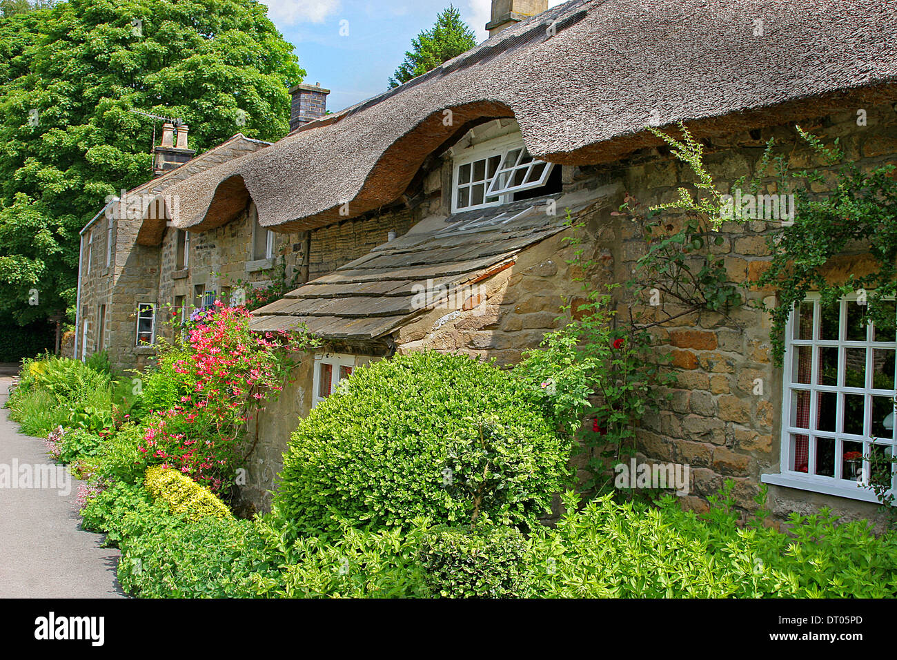Beautiful Thatched Country Cottage  Peak District ,Derbyshire - Stock Image