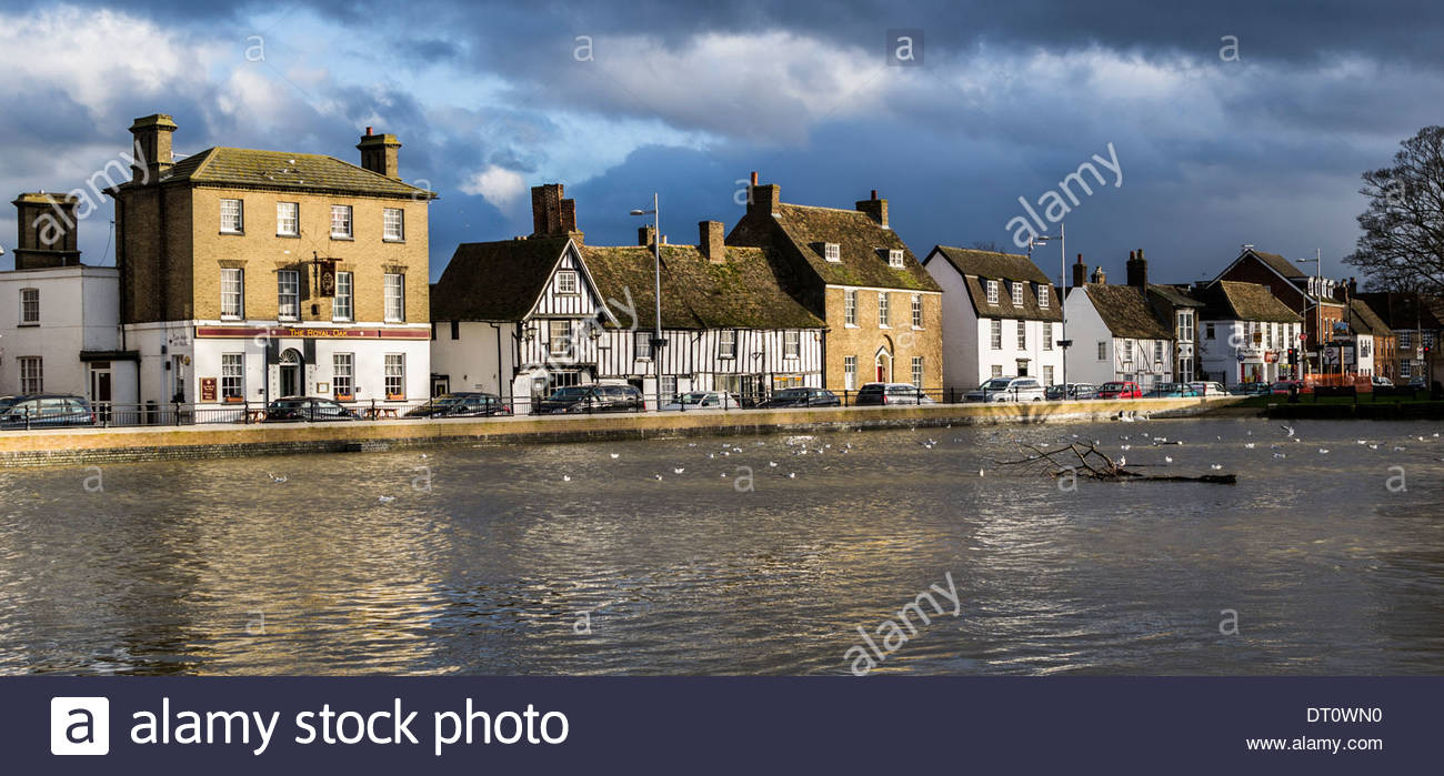 The Causeway in Godmanchester, Cambridgeshire after flood prevention work has been completed - Stock Image