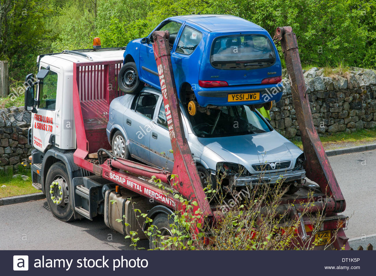 Car scrap uk stock photos car scrap uk stock images alamy for How to tell if garbage disposal motor is burned out