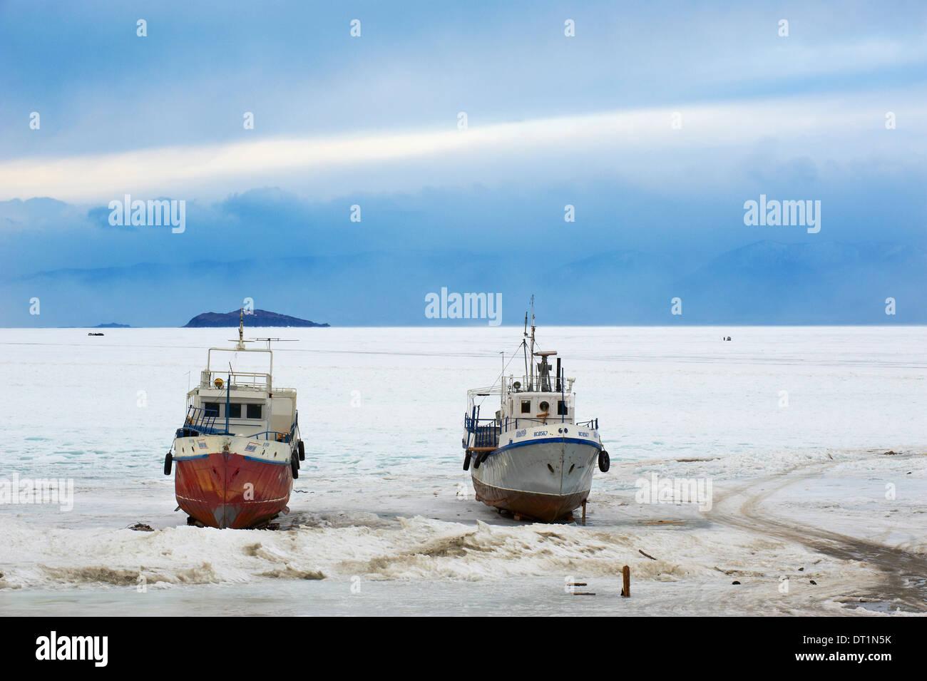 Frozen Harbour of Khoujir, Maloe More (Little Sea), Olkhon island, Lake Baikal, UNESCO Site, Irkutsk Oblast, Siberia, Russia - Stock Image