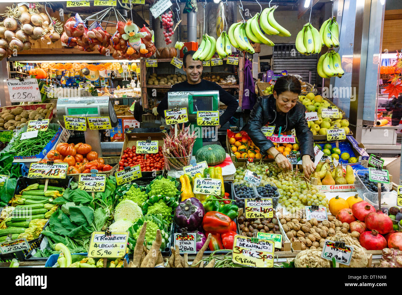 Mercato Orientale (Eastern Market), Genoa, Liguria, Italy, Europe - Stock Image