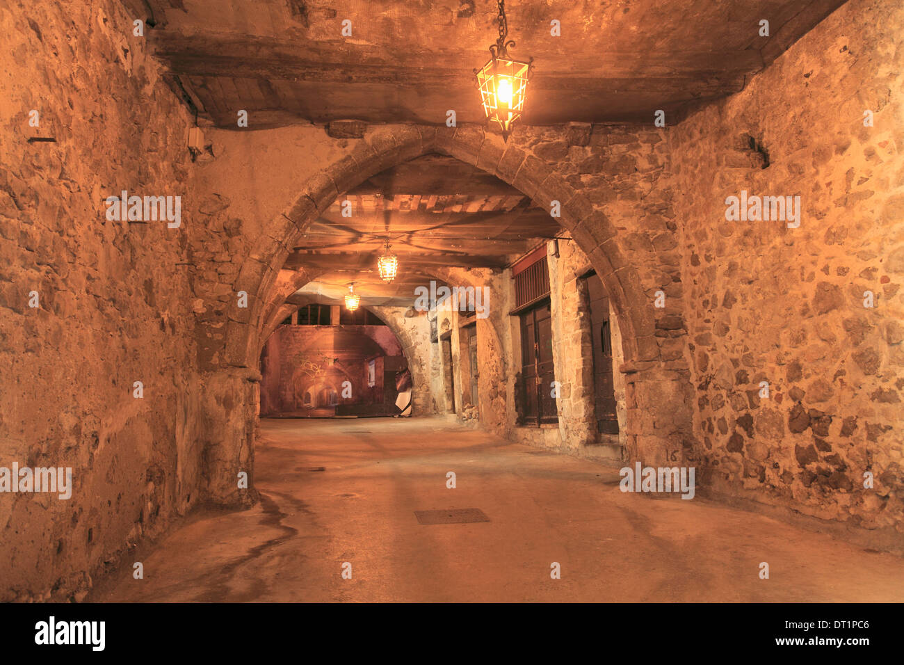 Rue Obscure (Dark Passage) datring from the 13th century, Villefranche sur Mer, Cote d'Azur, French Riviera, Provence, France - Stock Image