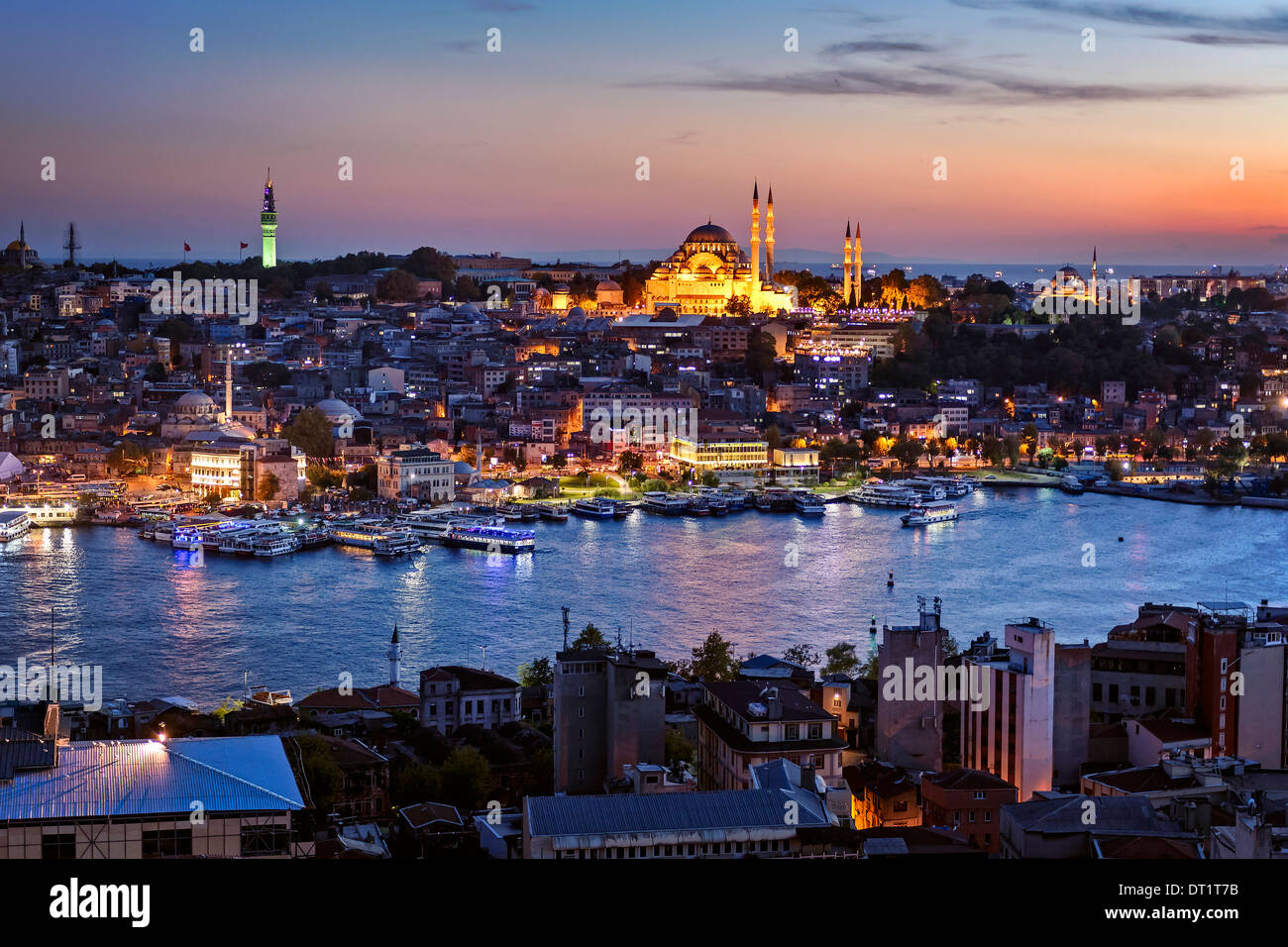 View over the Golden Horn towards the Suleymaniye Cami. - Stock Image