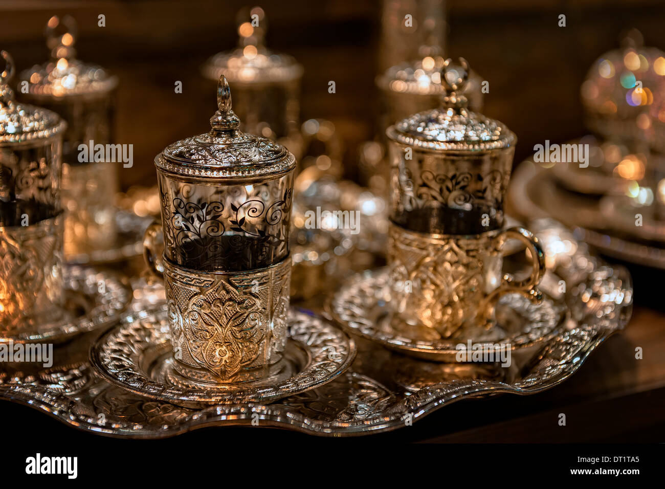 Close-up of decorative Turkish tea cups at the Grand Bazaar in Istanbul, Turkey. - Stock Image