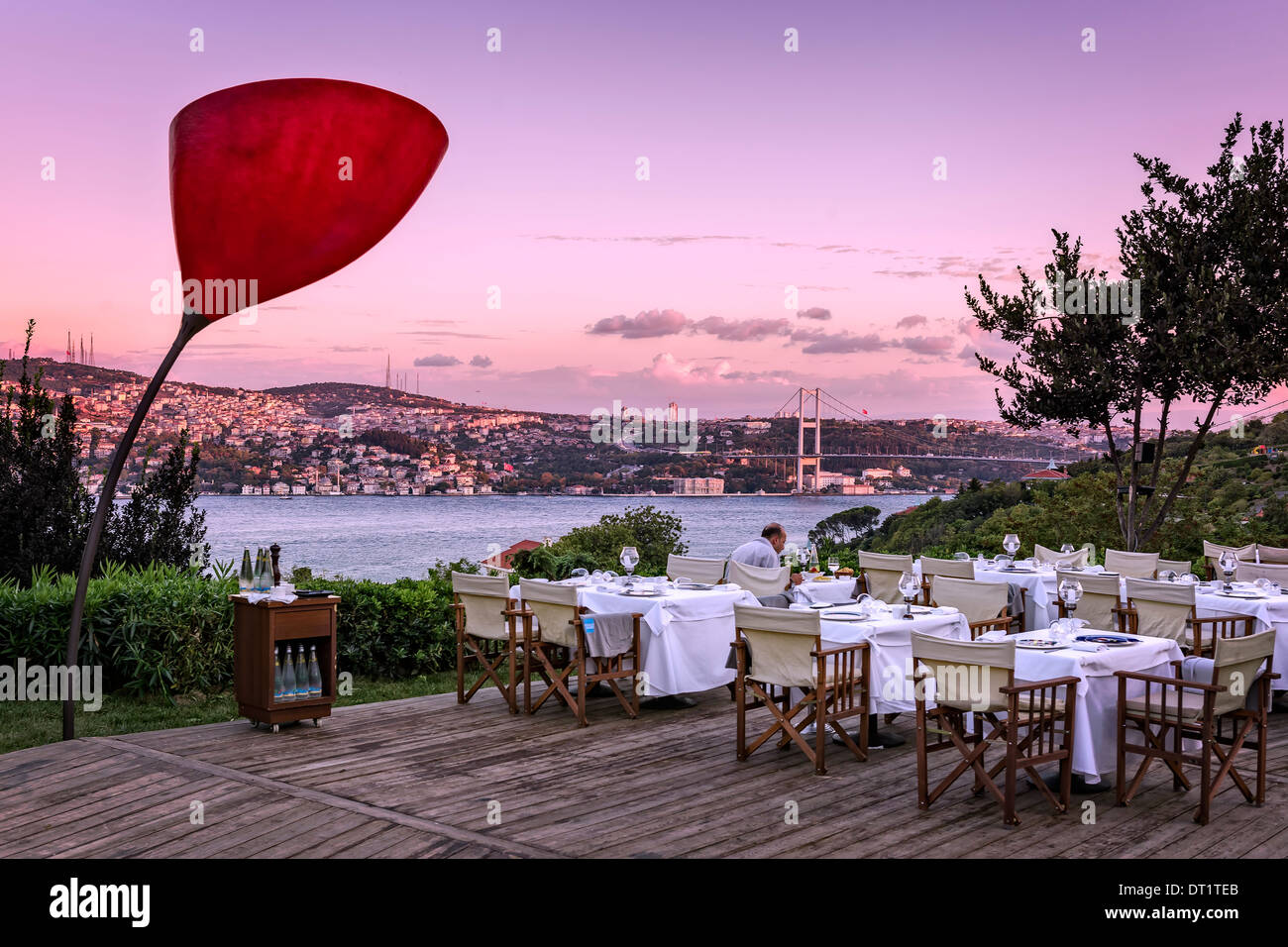 View over the Bosporus from the Sunset Grill & Bar in Besiktas, Istanbul, Turkey. - Stock Image