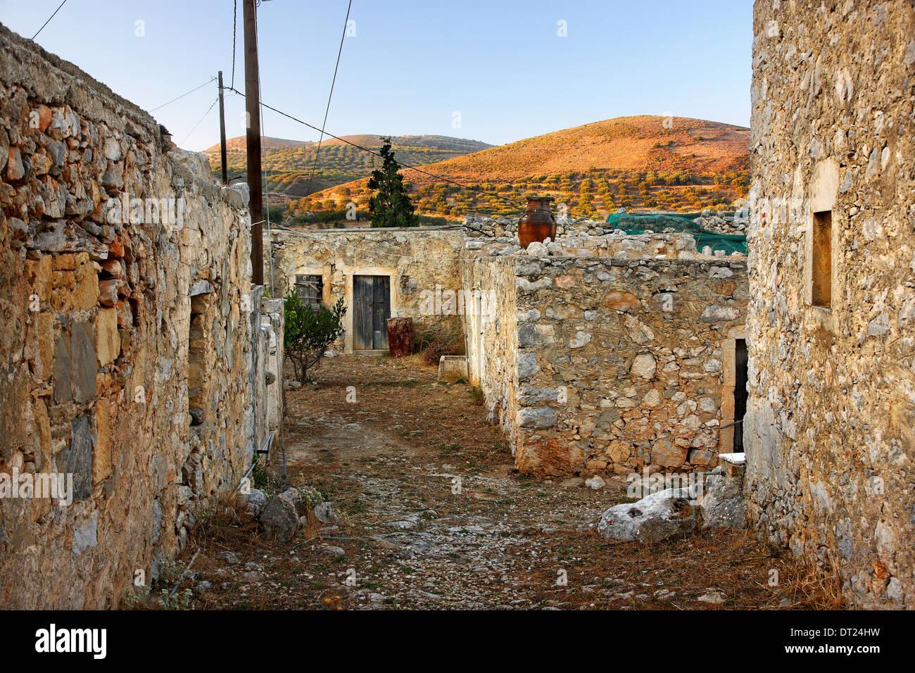 The hamlet of Pezoulas, very close to Kato Pervolakia village, Sitia, Lasithi, Crete, Greece. Inhabitants: 1 - Stock Image