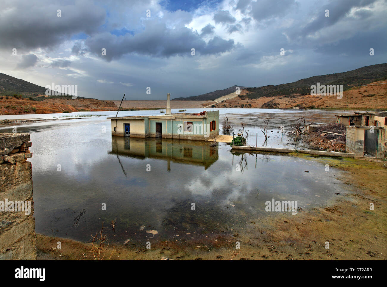 At the sinking part of Sfendyli village in the artificial lake created by the dam of Aposelemis, Heraklion, Crete, Greece - Stock Image