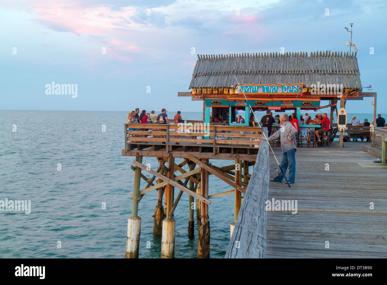 Florida brevard county cocoa beach cocoa beach pier for Cocoa beach fishing
