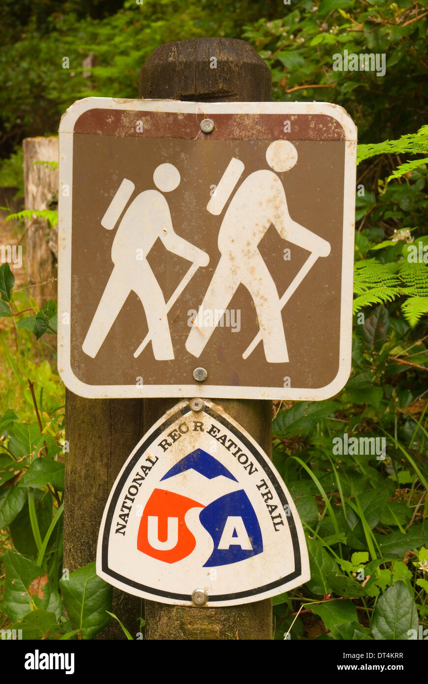 National Recreation Trail sign (Tahkenitch Dune Trail), Oregon Dunes National Recreation Area, Oregon - Stock Image