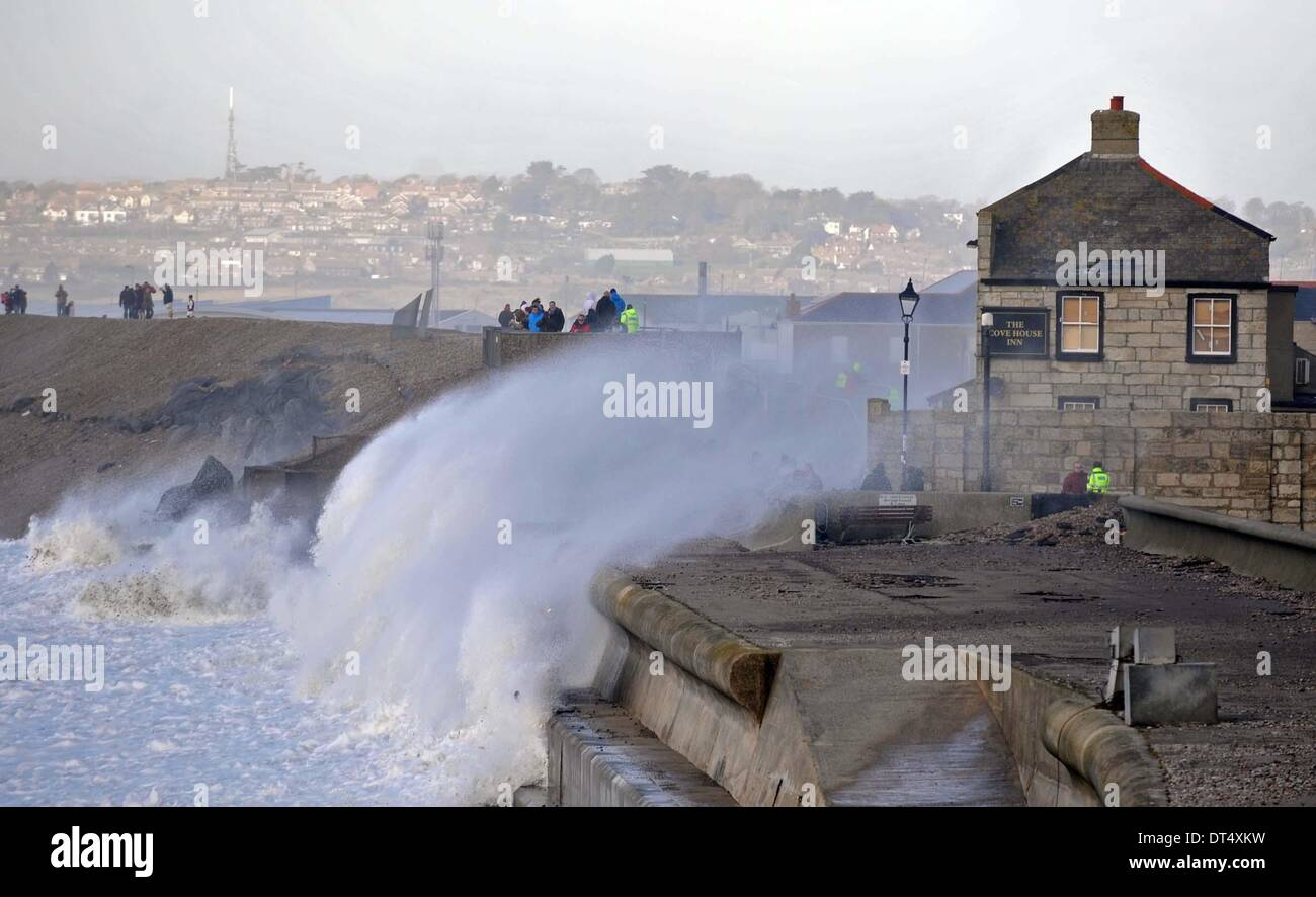 The cove house inn during a storm chesil cove portland for The cove house