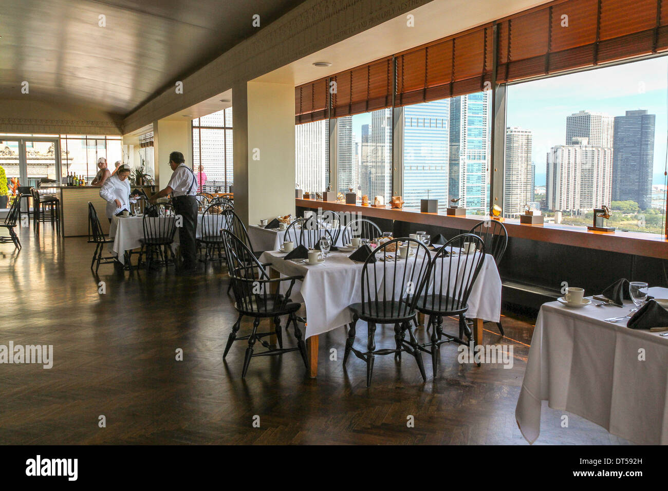 Dining room at Chicago's Cliff Dwellers Club - Stock Image