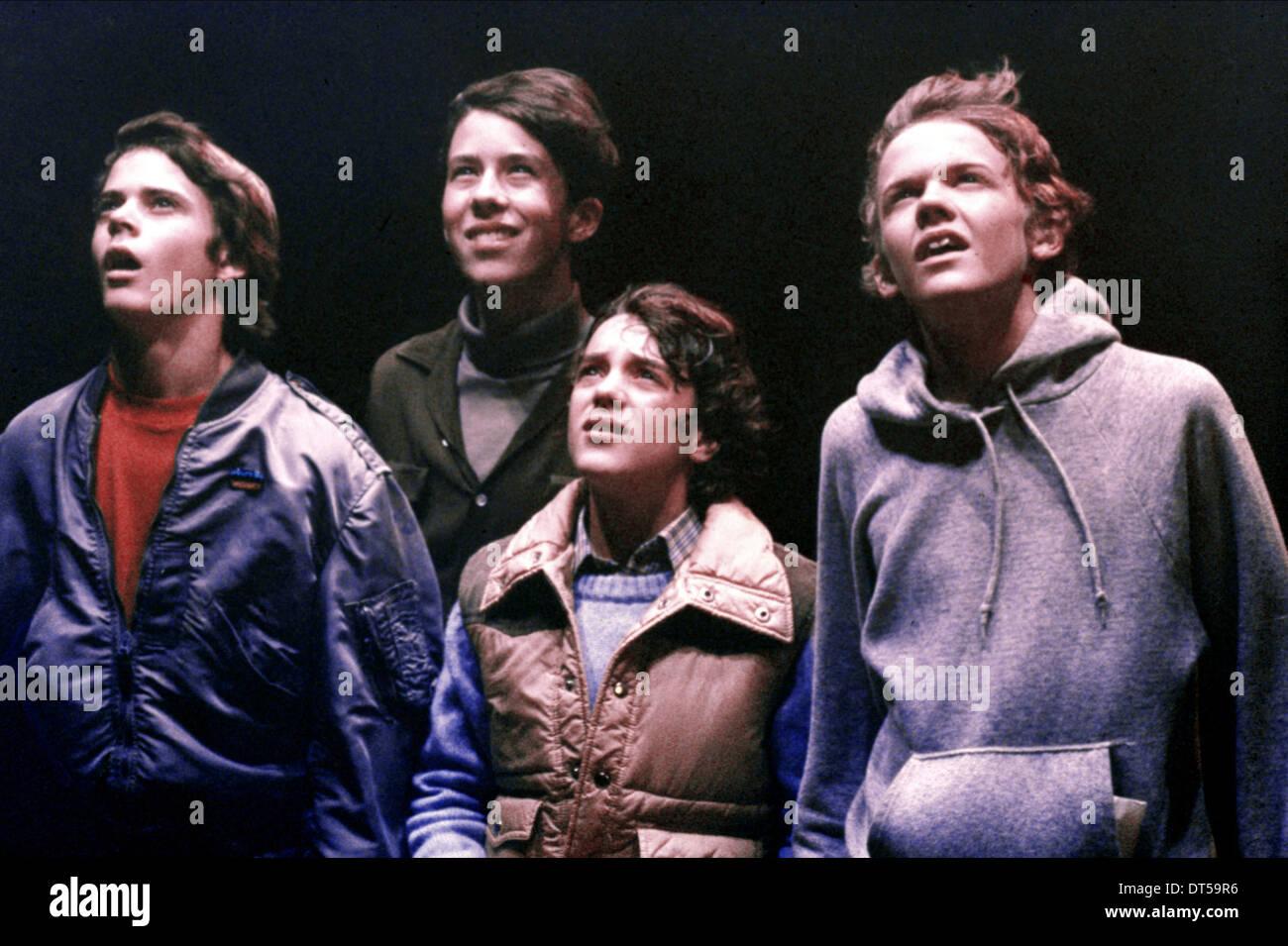 C. THOMAS HOWELL, SEAN FRYE, ROBERT MACNAUGHTON, E.T. THE EXTRA-TERRESTRIAL, 1982 - Stock Image