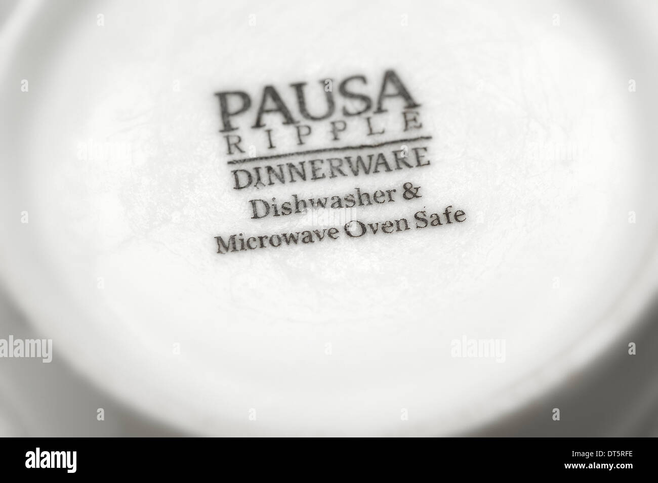 Pausa Ripple Dinnerware dishwasher and microwave oven safe  sc 1 st  Alamy : dinnerware oven safe - pezcame.com