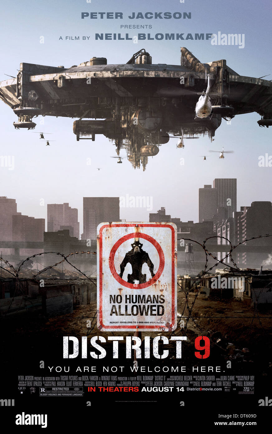 SPACECRAFT POSTER DISTRICT 9 (2009) - Stock Image