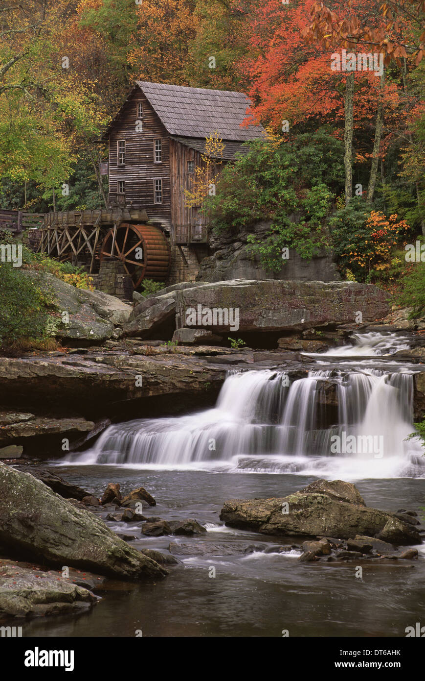 A historic grist mill building on the banks of Glade Creek in West Virginia. - Stock Image