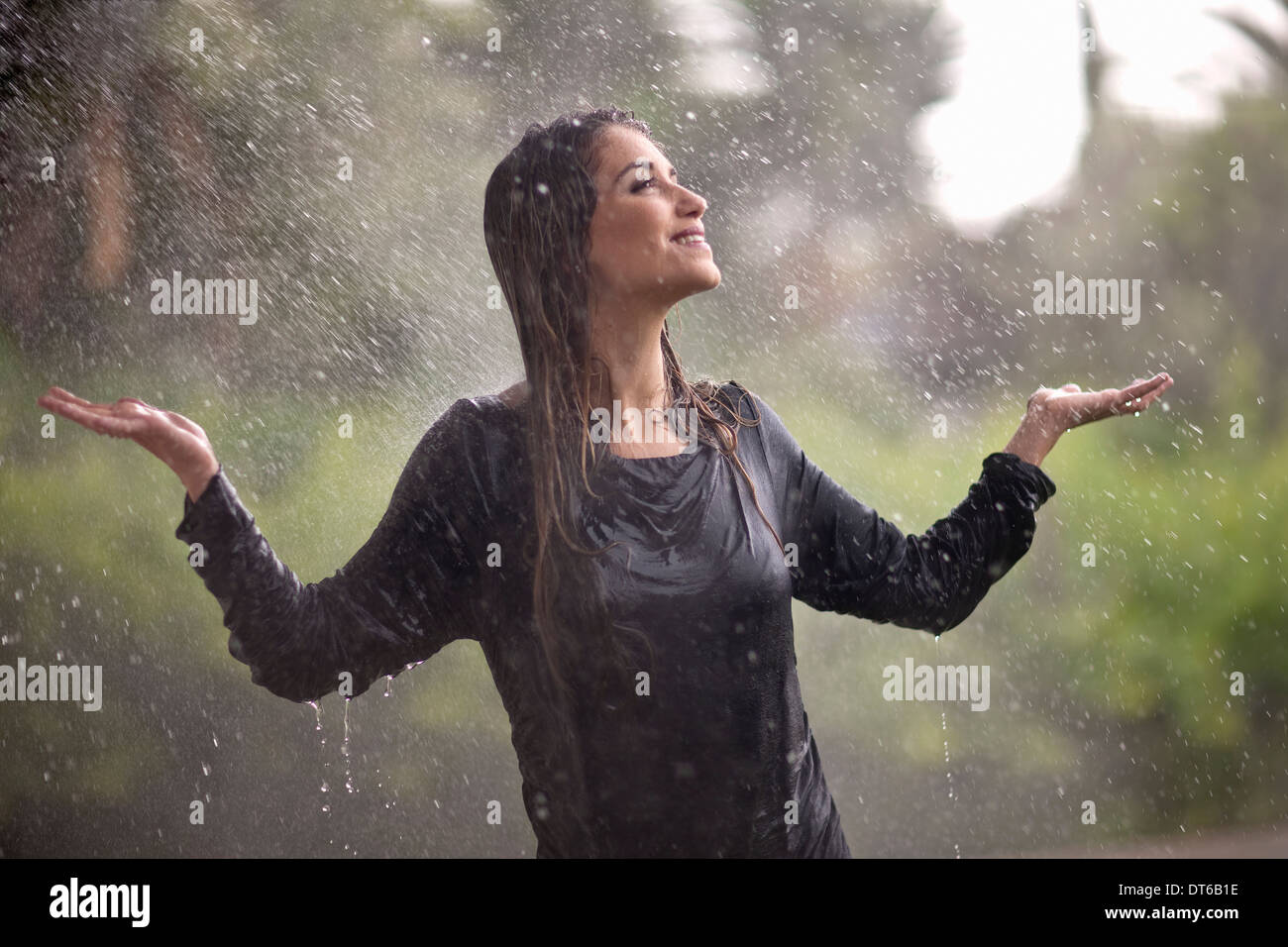 pictures How to get drenched in the rain without falling sick