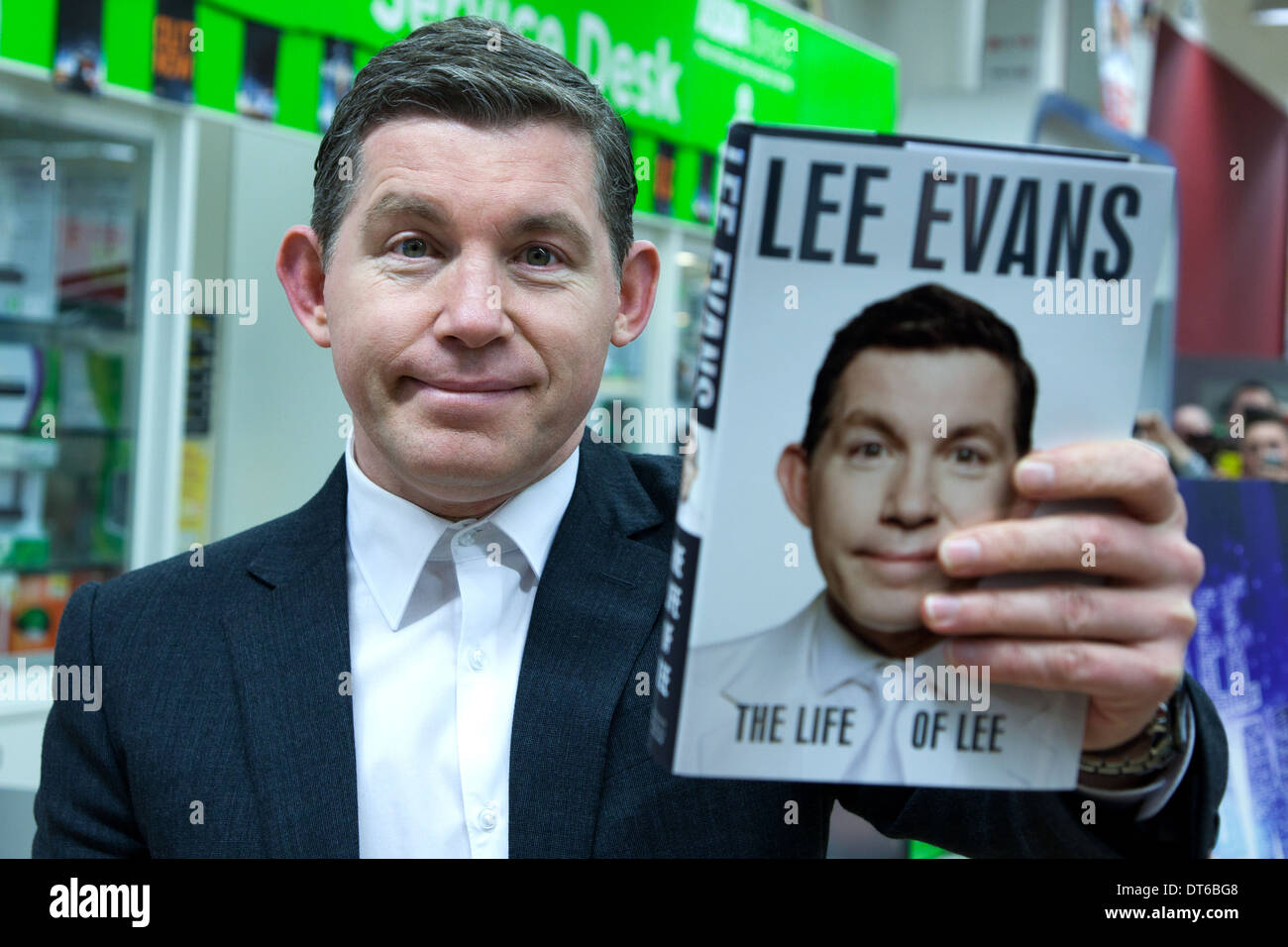 Lee Evan Comedian and Entertainer Asda Derby - Stock Image