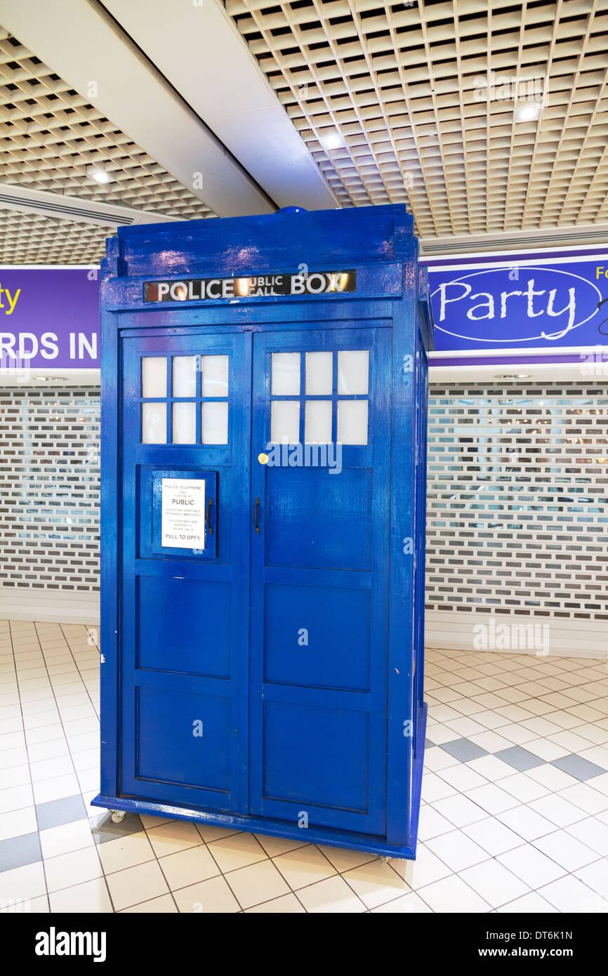 Tardis police box blue Dr Who Doctor Princes Quay Kingston upon Hull, East Riding, Yorkshire, UK, England GB - Stock Image