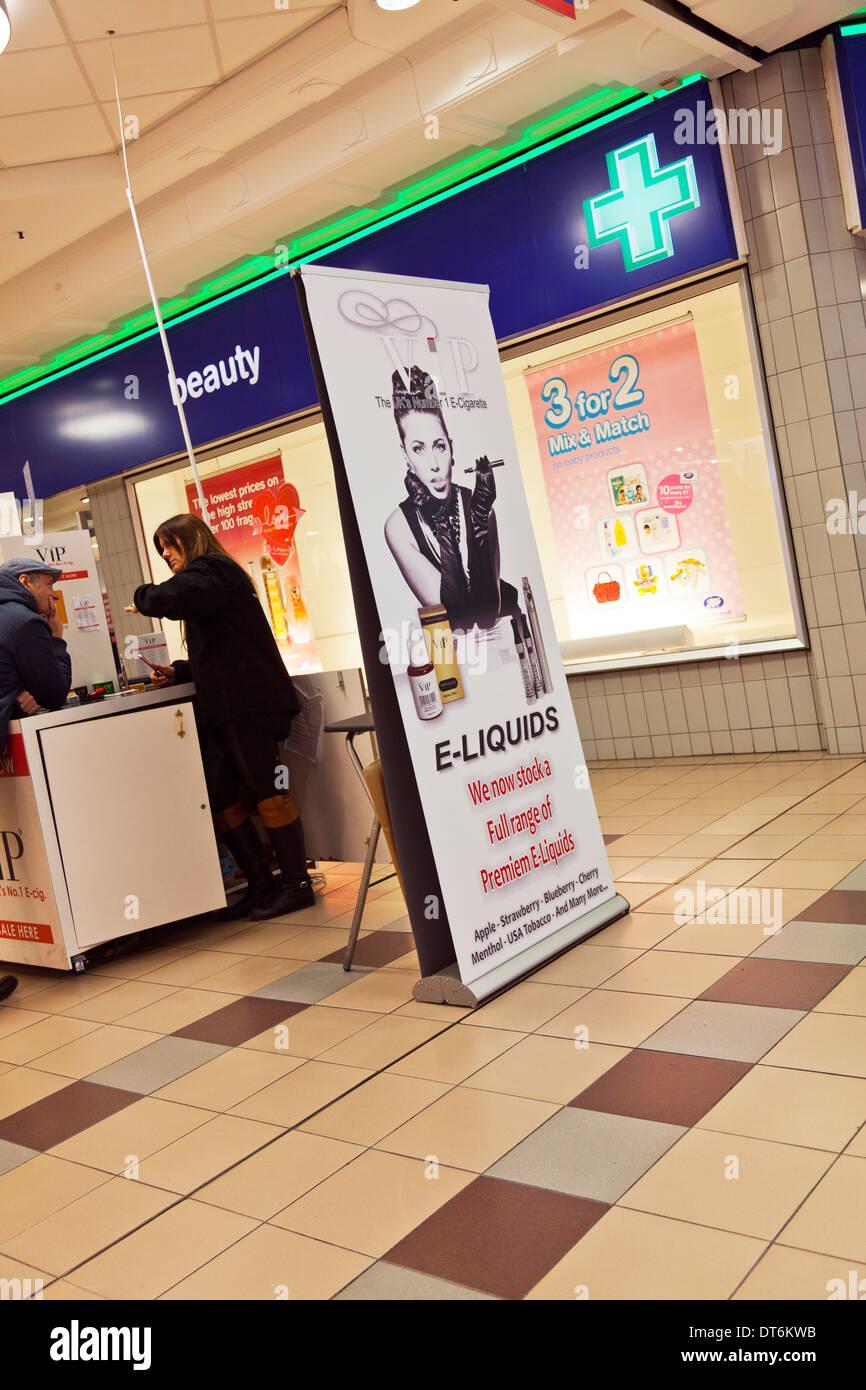 VIP e-liquids electronic cigarette kiosk Kingston upon Hull, East Riding, Yorkshire, UK, England GB - Stock Image