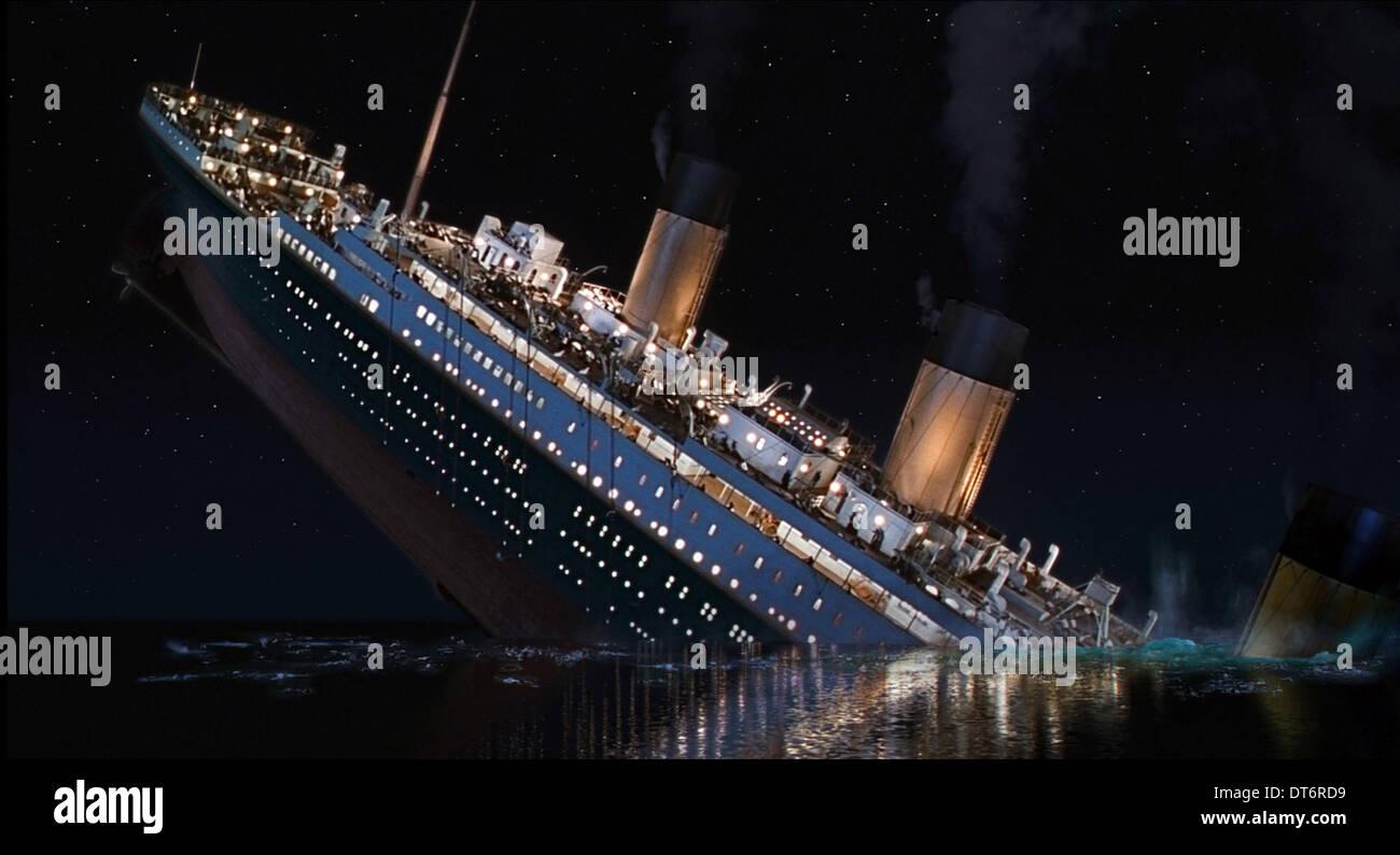 Titanic Pictures, Historic Pictures of the Titanic