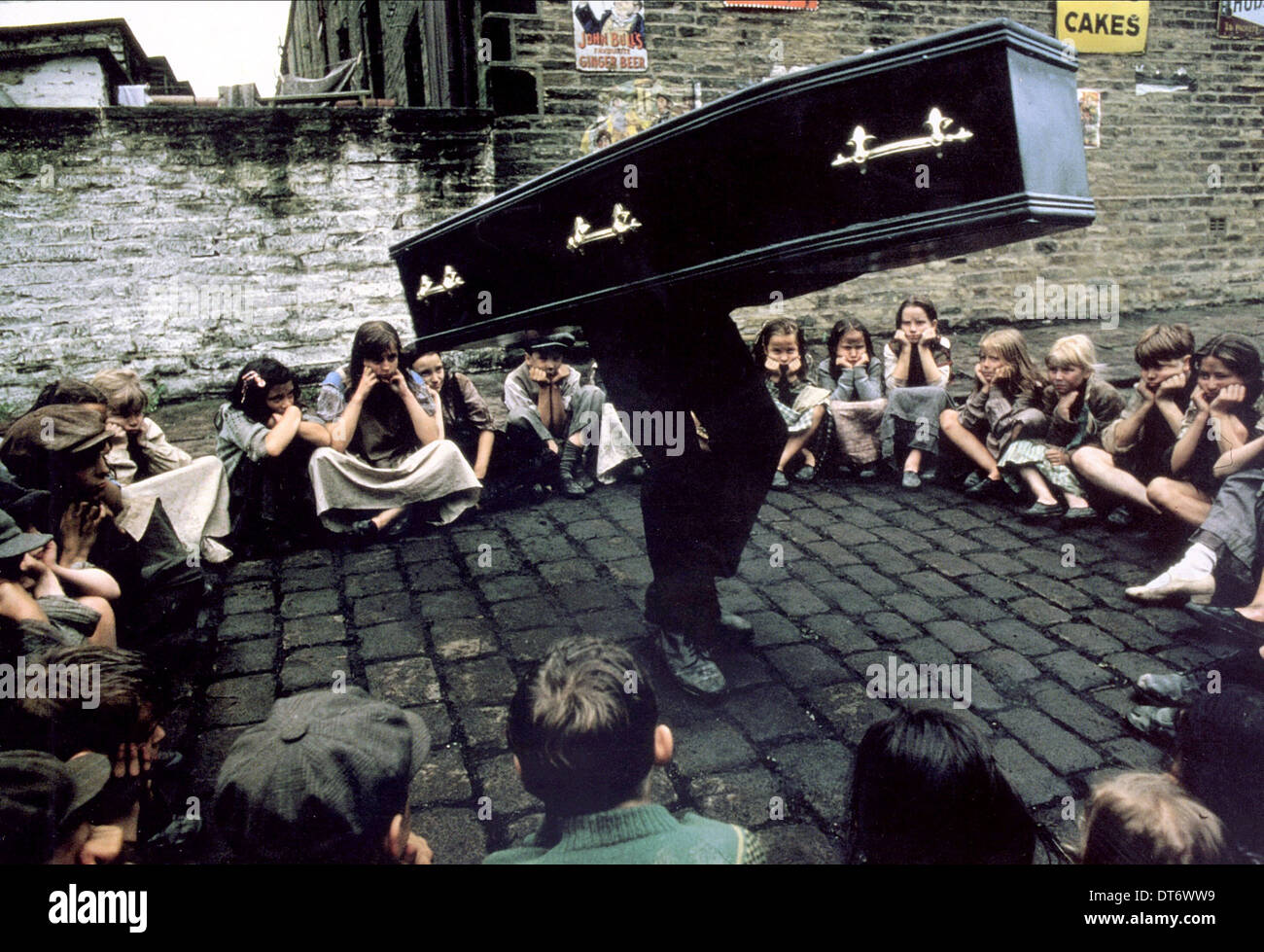 CHILDREN, COFFIN SCENE, MONTY PYTHON'S THE MEANING OF LIFE, 1983 - Stock Image