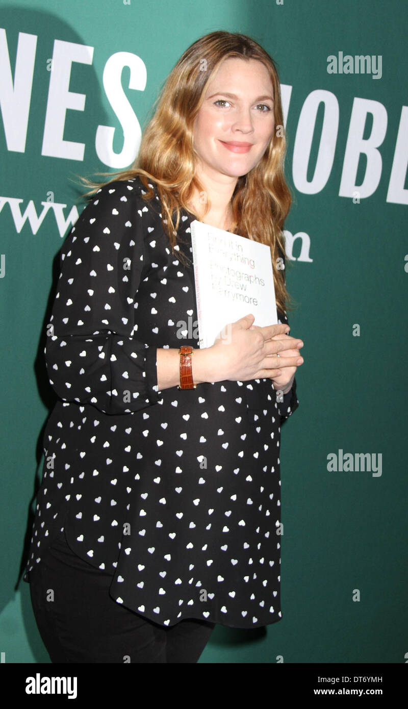 New York, New York, USA. 10th Feb, 2014. Actress DREW BARRYMORE promotes her new book 'Find It In Everything: Photographs Stock Photo