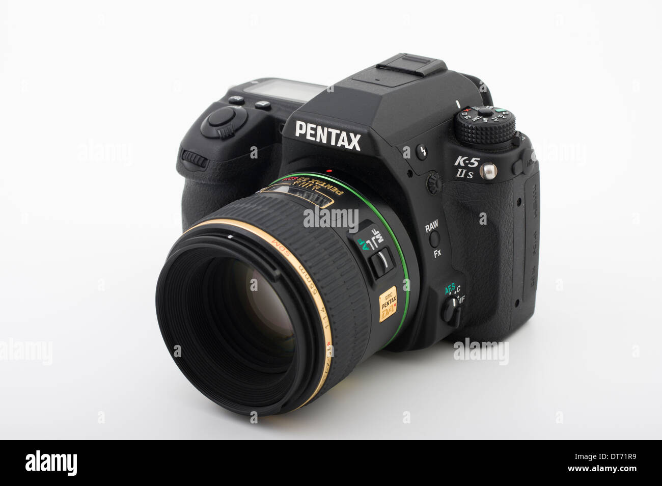 Pentax K-5 IIs digital SLR camera with 55mm 1.4 prime lens - Stock Image