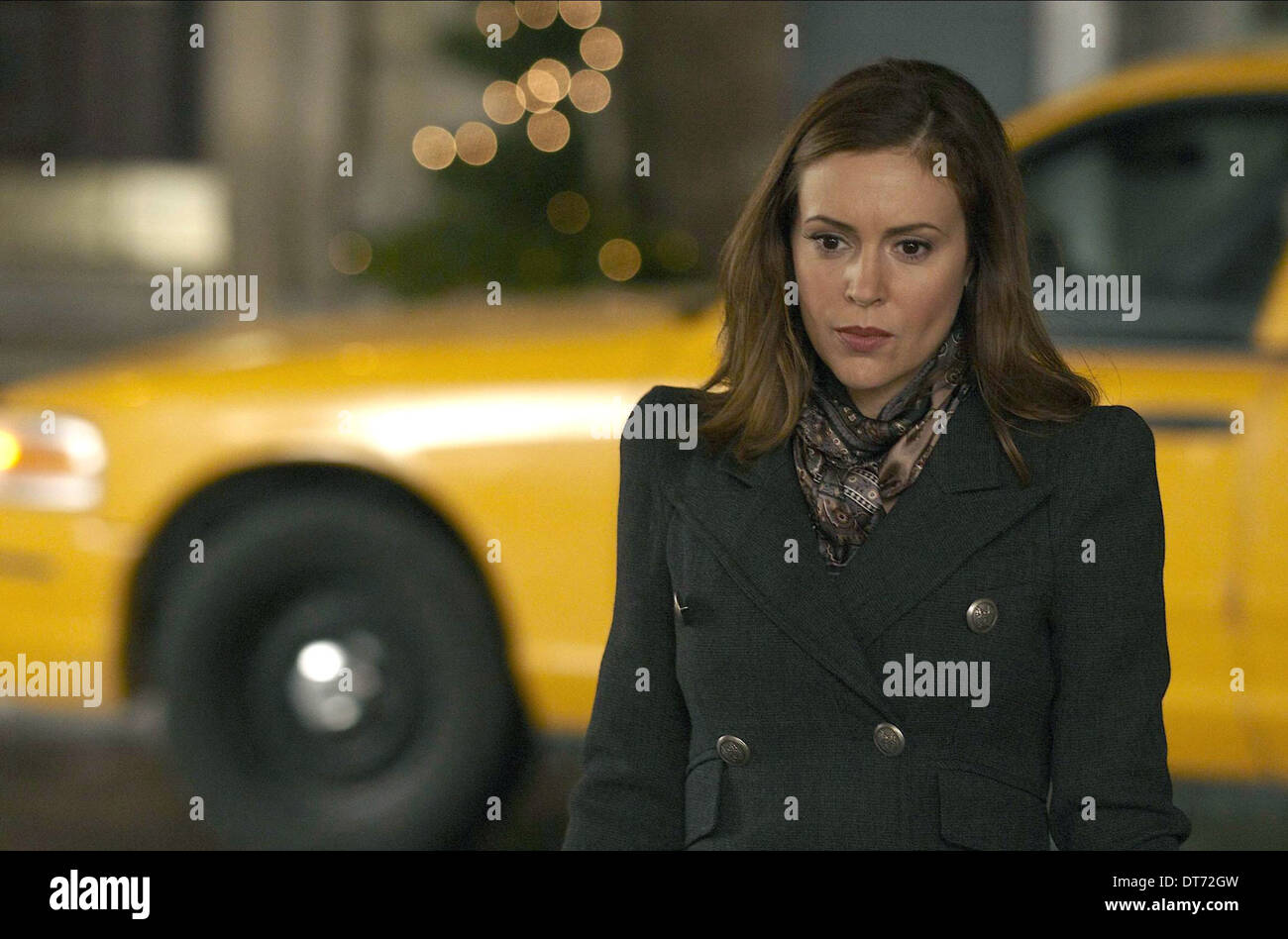 ALYSSA MILANO SUNDAYS AT TIFFANY'S (2010) - Stock Image