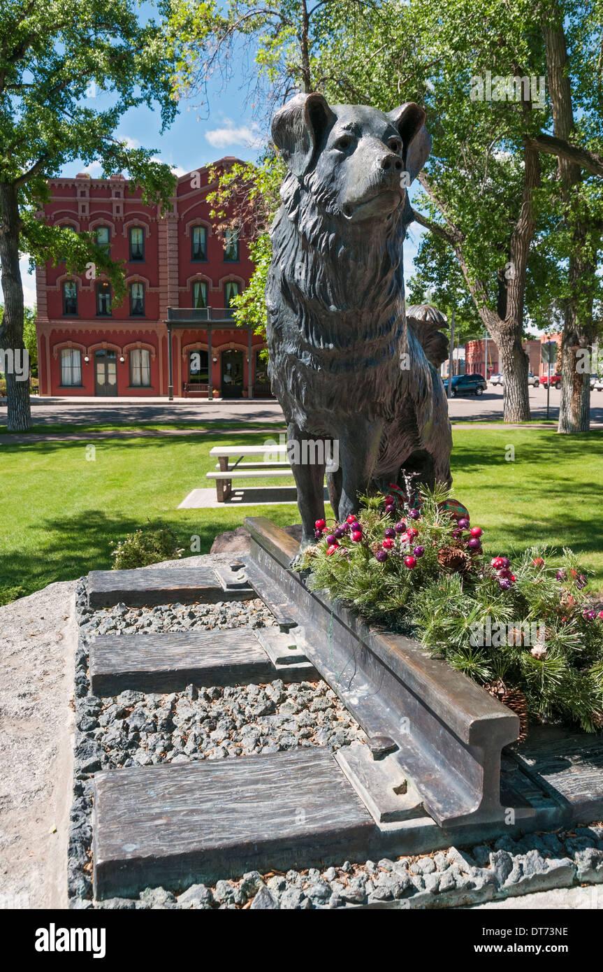 Montana, Fort Benton, Shep's Vigil, 'Forever Faithful' bronze sculpture by Robert Scriver - Stock Image
