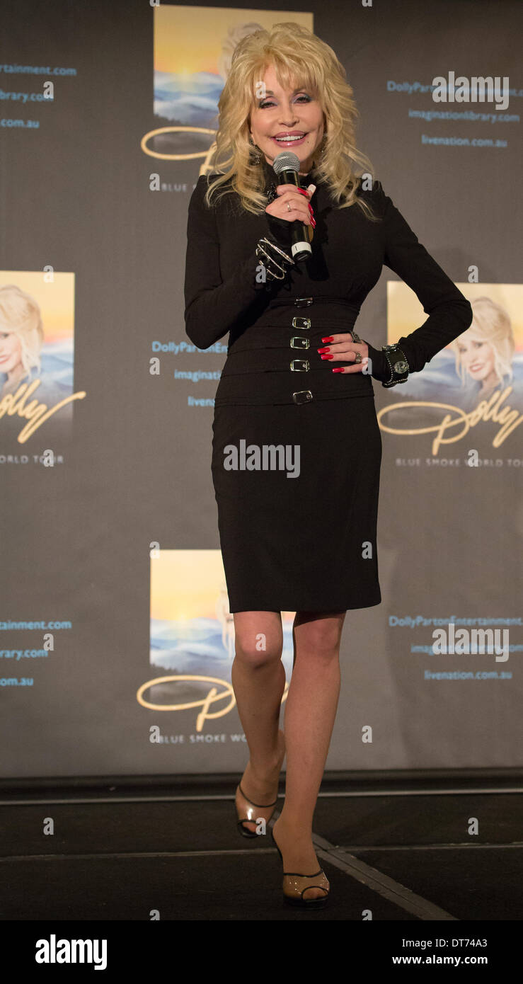 Dolly Parton At A Press Conference In Melbourne Australia February