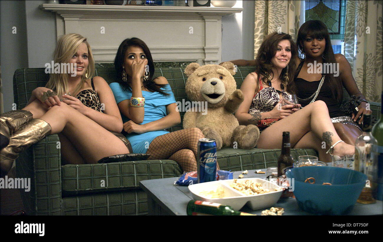 TED & PARTY GUESTS TED (2012) - Stock Image