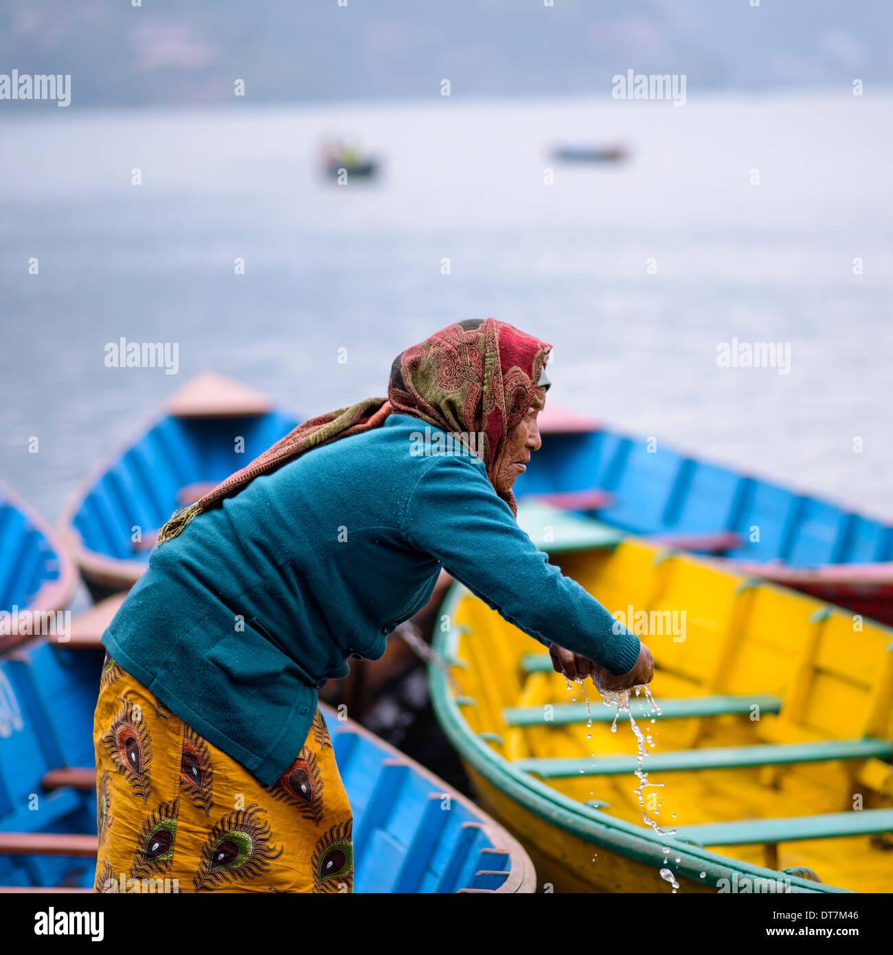 Ferryman on Phewa Lake in Pokhara, Nepal - Stock Image