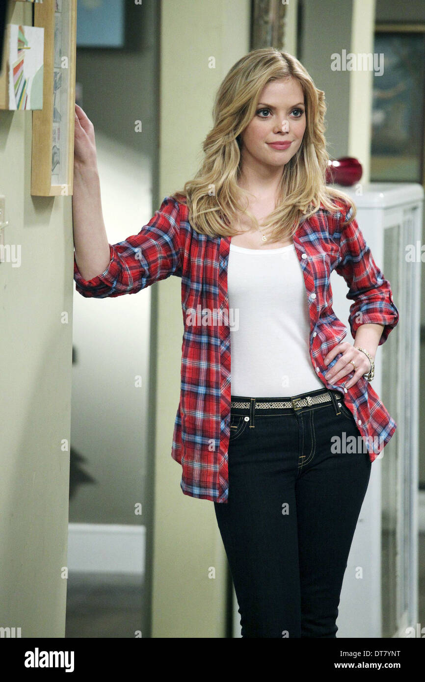 DREAMA WALKER DON'T TRUST THE B---- IN APARTMENT 23 (2012) - Stock Image