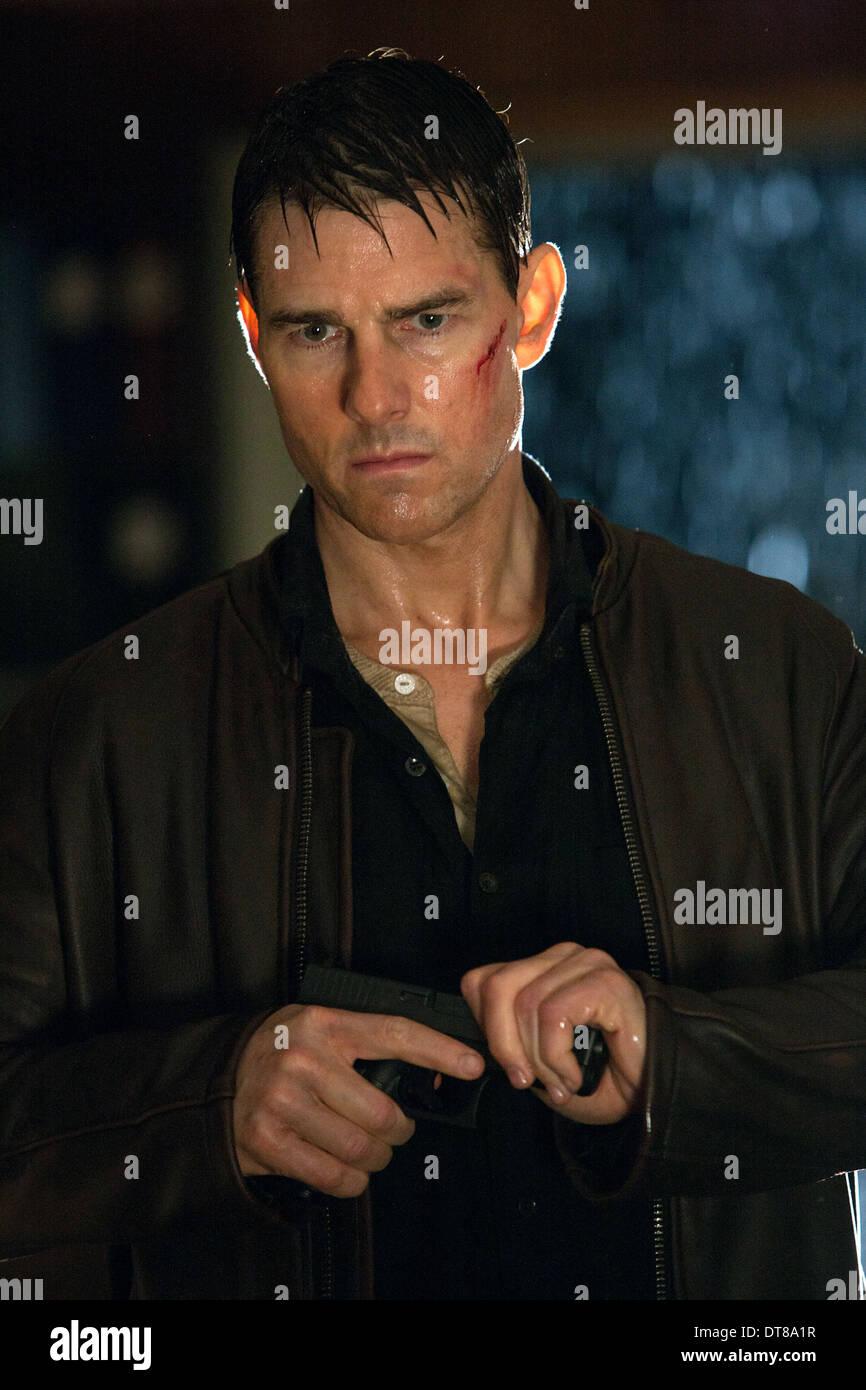 Tom Cruise Jack Reacher 2012 Stock Photo Alamy