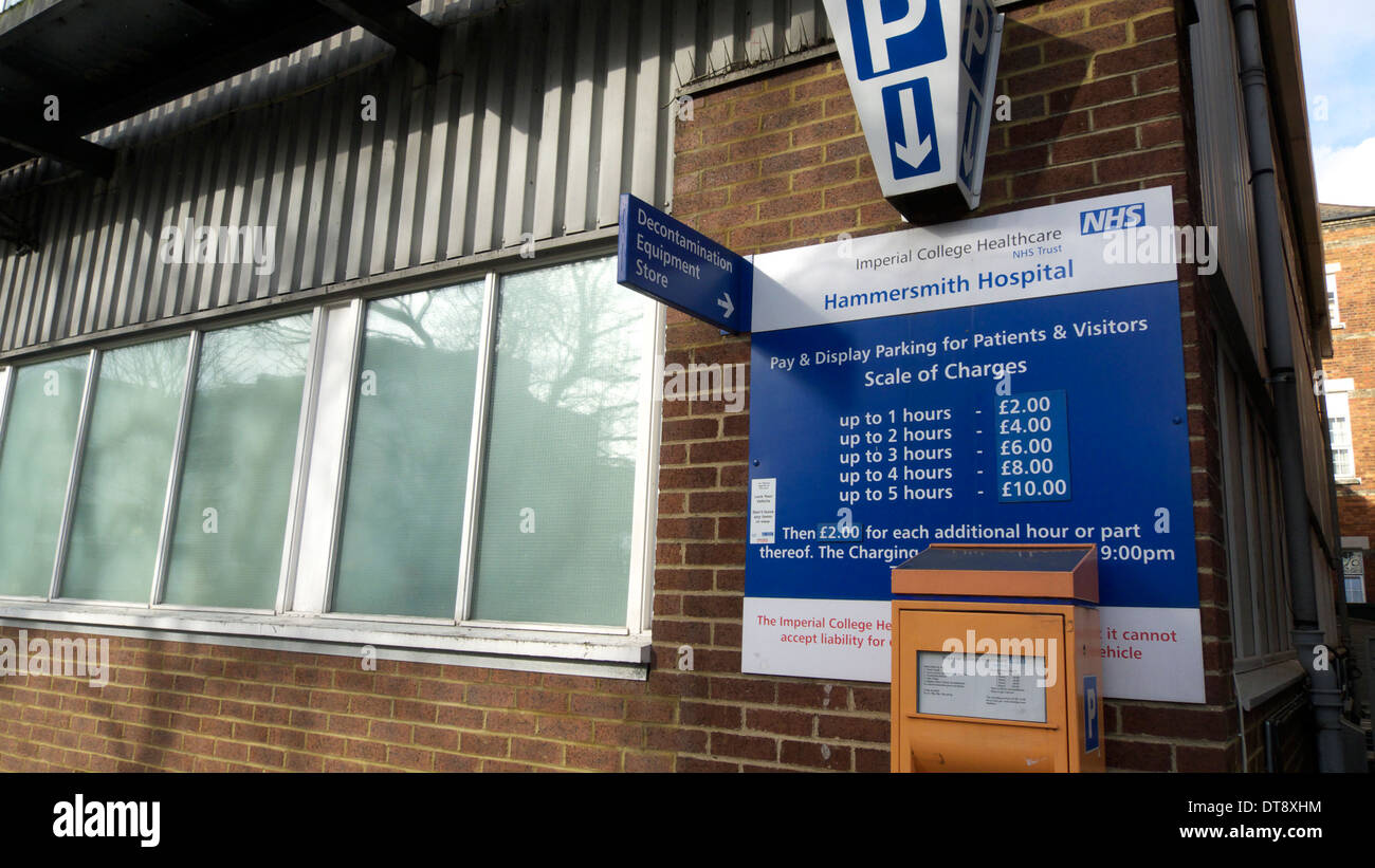 united kingdom west london du cane road hammersmith hospital a sign displaying car parking charges Stock Photo