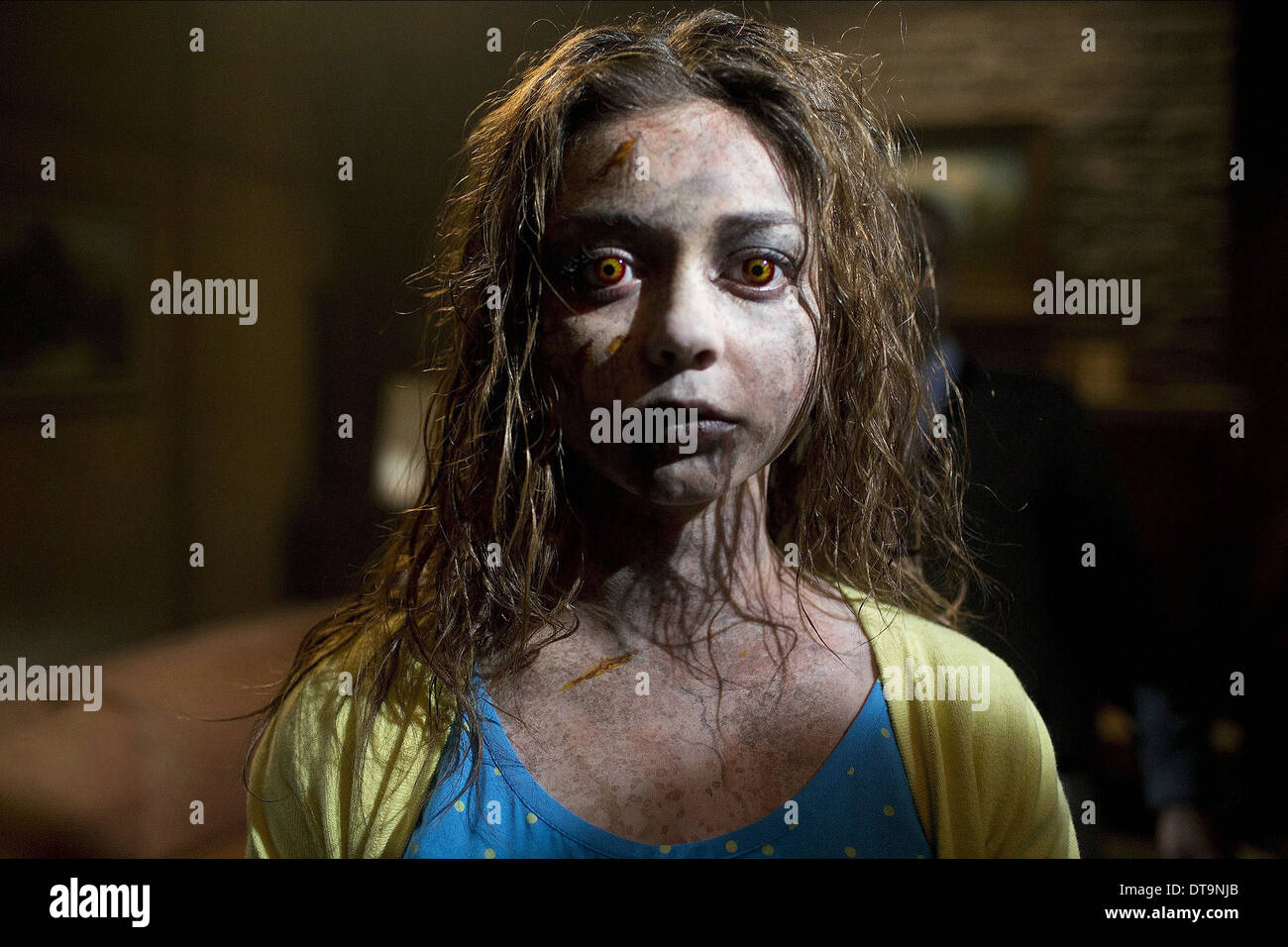 Sarah Hyland Scary Movie 5 2013 Stock Photo Alamy