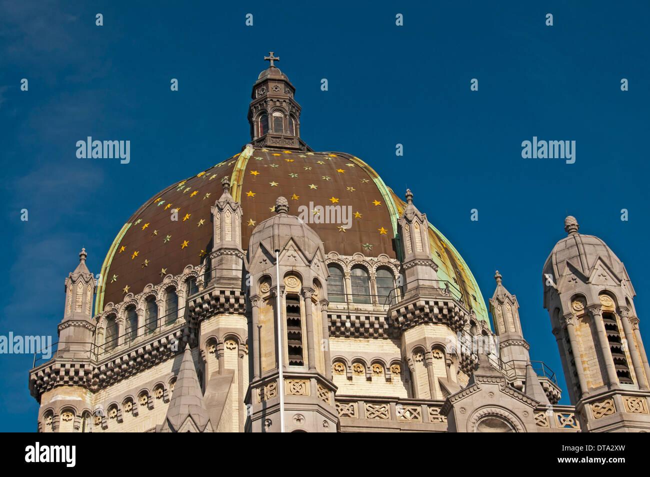Église Royale Sainte-Marie, Koninklijke Sint-Mariakerk or St. Mary's Royal Church with a large dome, Schaerbeek, Schaarbeek - Stock Image